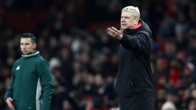 'Wenger is holding Arsenal back'