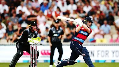 NZ v England: 2nd T20 highlights
