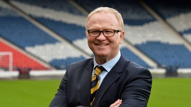 McLeish: A great thrill to be Scotland boss