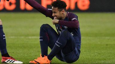 Neymar arrives at hospital
