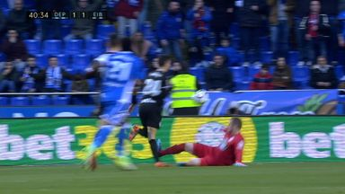 Red card on debut for Depor keeper
