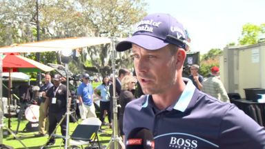 Stenson stays on top