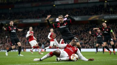 Did Welbeck 'dive' for penalty?