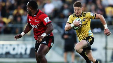 Hurricanes 29-19 Crusaders