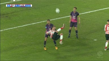 De Jong's incredible overhead kick