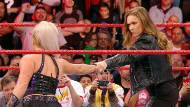 Rousey makes short work of Brooke