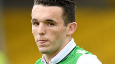 McGinn: No rush to leave Hibs