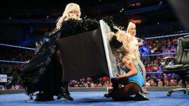 Flair turns the tables on Carmella