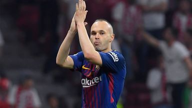 Standing ovation for Iniesta