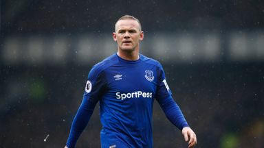 'Rooney should stay at Everton'