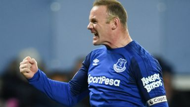 Neville backs Rooney US move