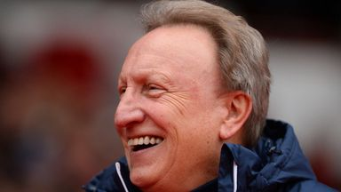 Warnock: Fulham are like Man City