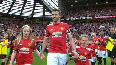 Carrick bids farewell to United